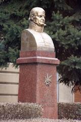 Pomnik_J_Dekreta