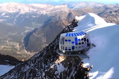 Chata_na_Mont_Blancu