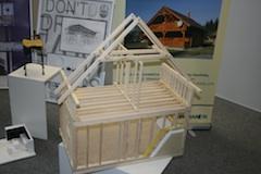 Maketa drevenej stavby