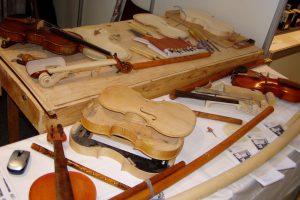 Zažiť remeselnú realitu pri výrobe drevených hudobných nástrojov